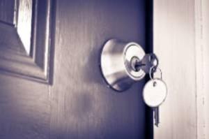 טיפים לתחזוק דלתות פנים